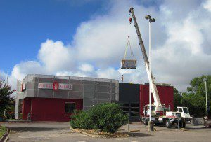 Hire a Crane Services for HVAC lifting in Texas, Austin